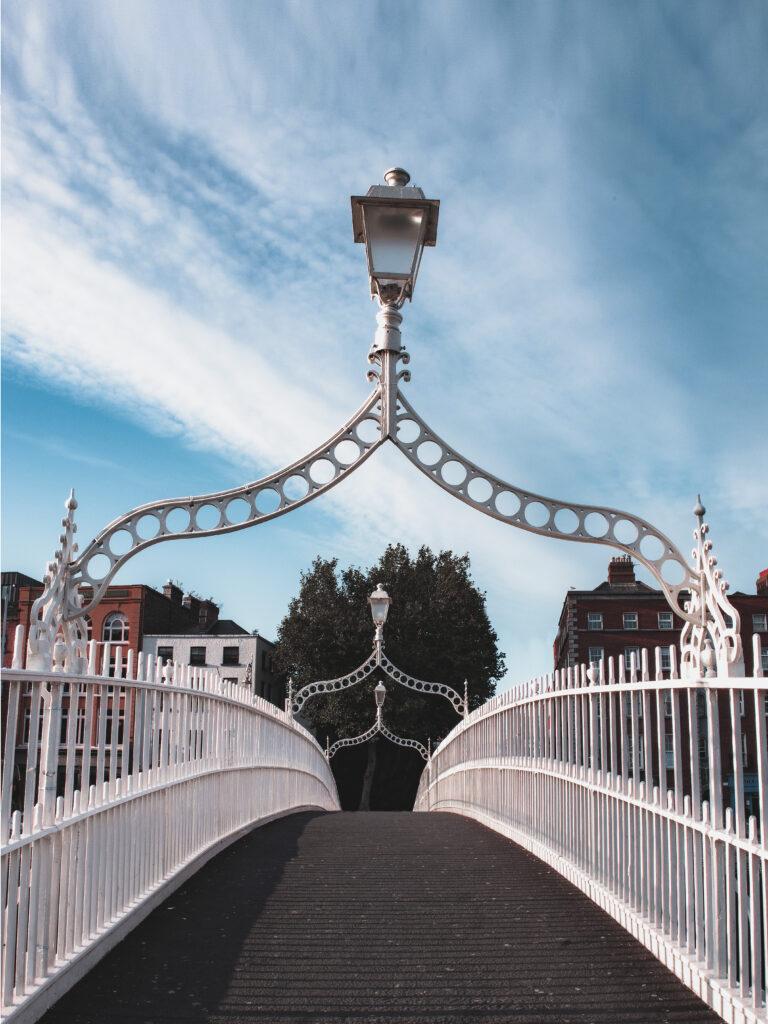Dublin Walks HaPenny Bridge
